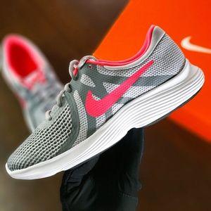 Nike Revolution 4 Gray Pink Women's Running Shoes